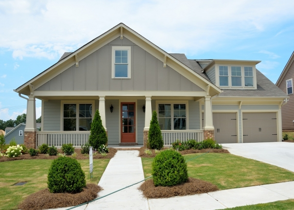 A number of custom homes can be found in Eagles Nest.